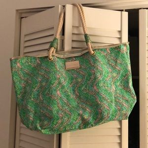 Lilly Pulitzer alligator shoreline tote